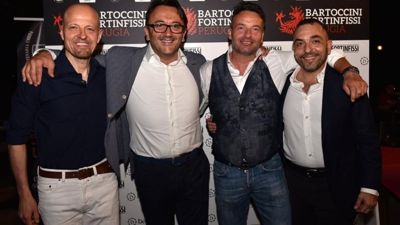 Foto di gruppo della dirigenza Bartoccini Fortinfissi