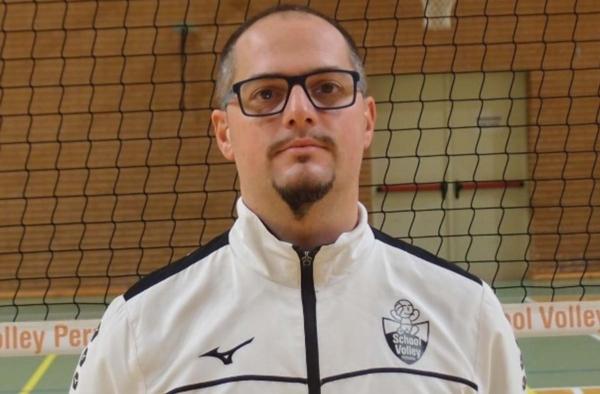Coach Roberto Farinelli
